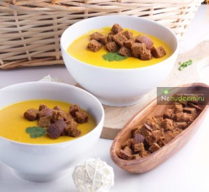 https://nehudeem.ru/recipe/sup-pyure-s-tykvoj-i-chechevitsej/