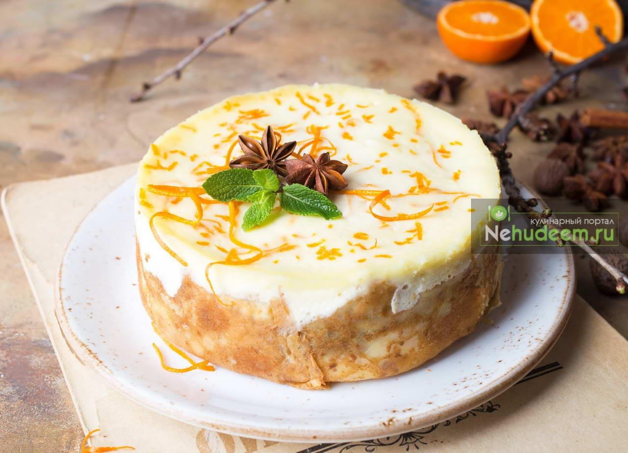 Блинный пирог с творогом и сметанной заливкой