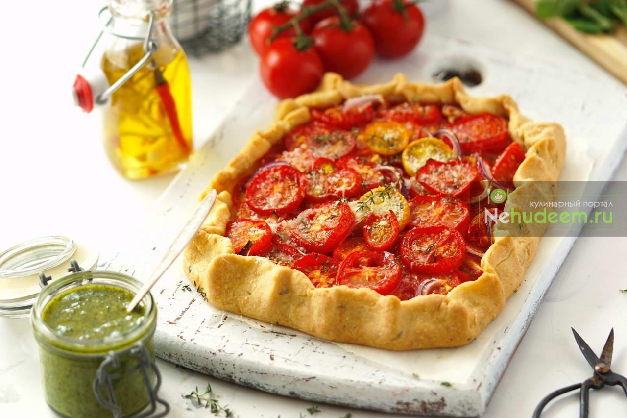 Итальянский деревенский пирог с помидорами и тимьяном