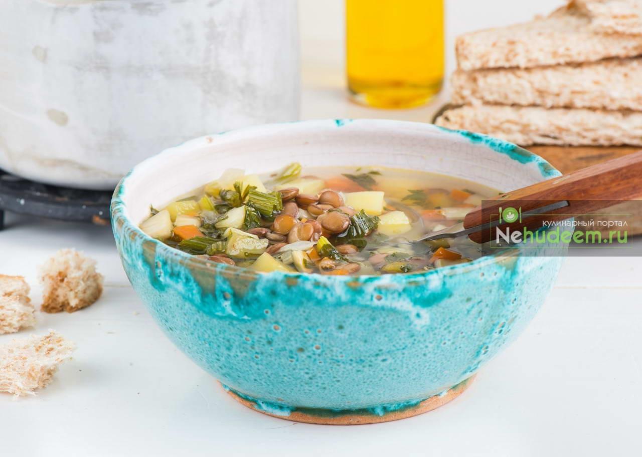 Овощной суп с чечевицей и шпинатом