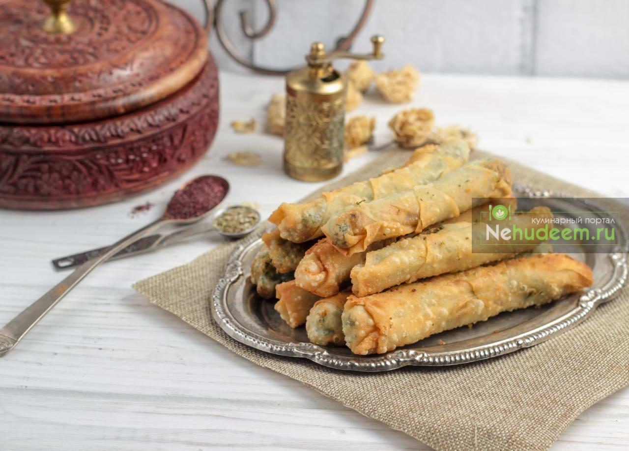 Сигара буреки с начинкой из картофеля и шпината