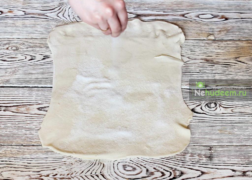 Слоеная завитушка с сахаром на скорую руку - рецепт пошаговый с фото
