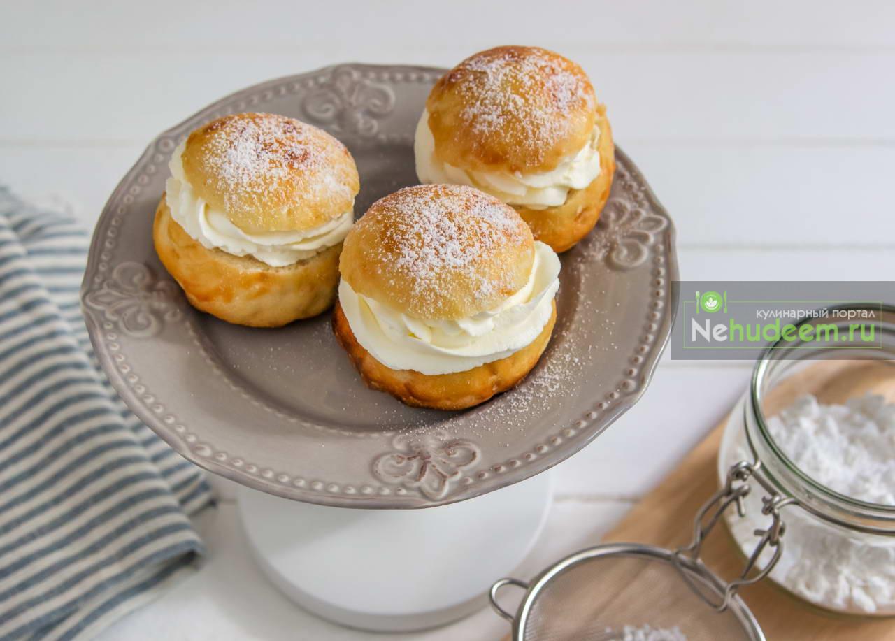 Норвежские булочки Фастелавнсболлер