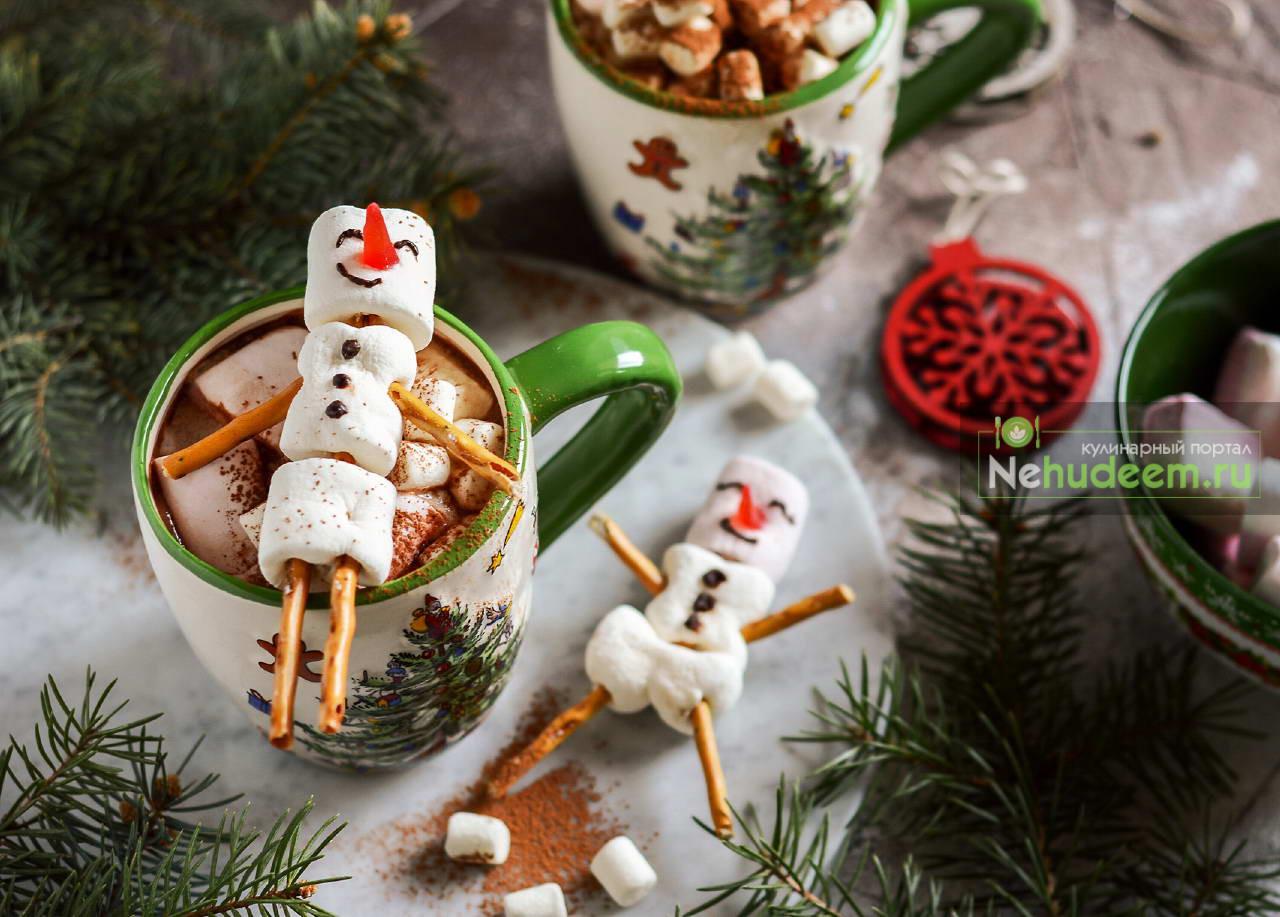 Какао со снеговиком из маршмеллоу