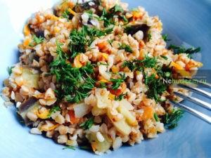 https://nehudeem.ru/recipe/grechka-s-ovoshhami-v-multivarke/