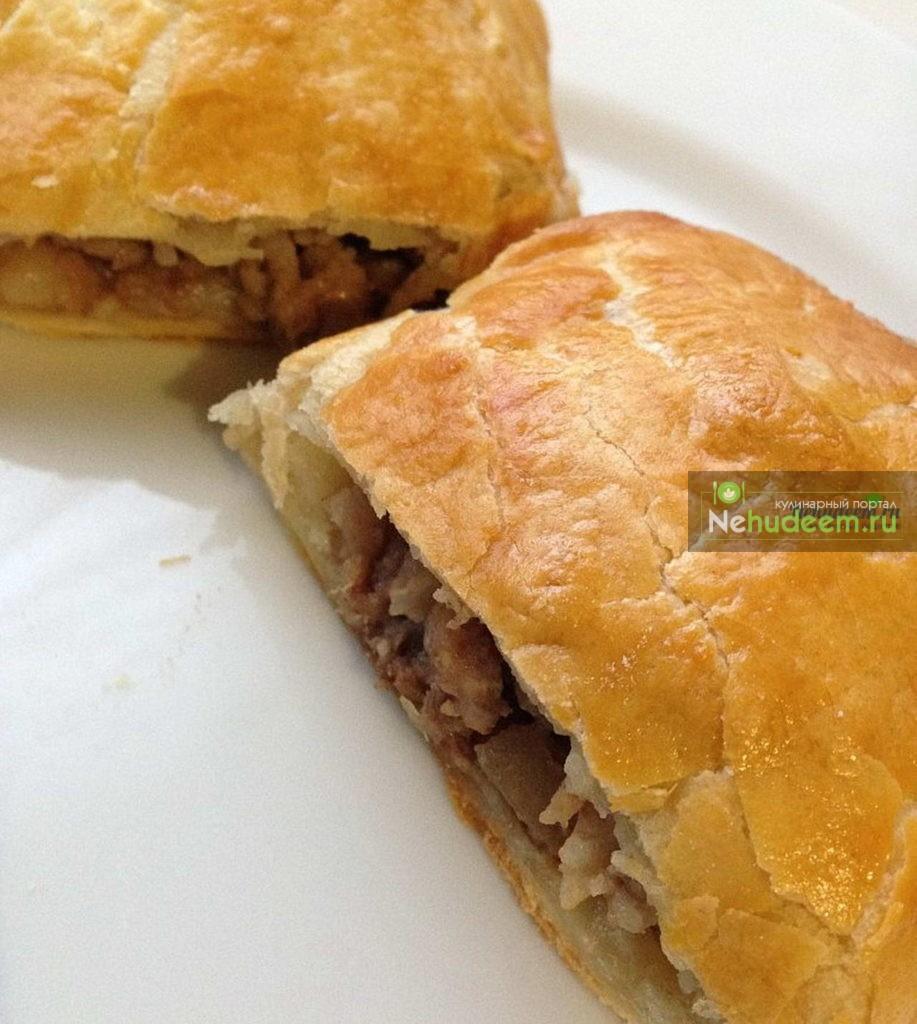 Слоеные пирожки с мясом рецепт с фото