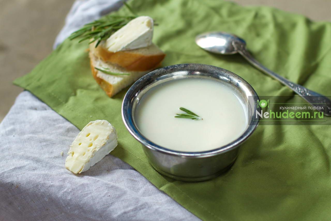 Сливочный суп из сыра Бри