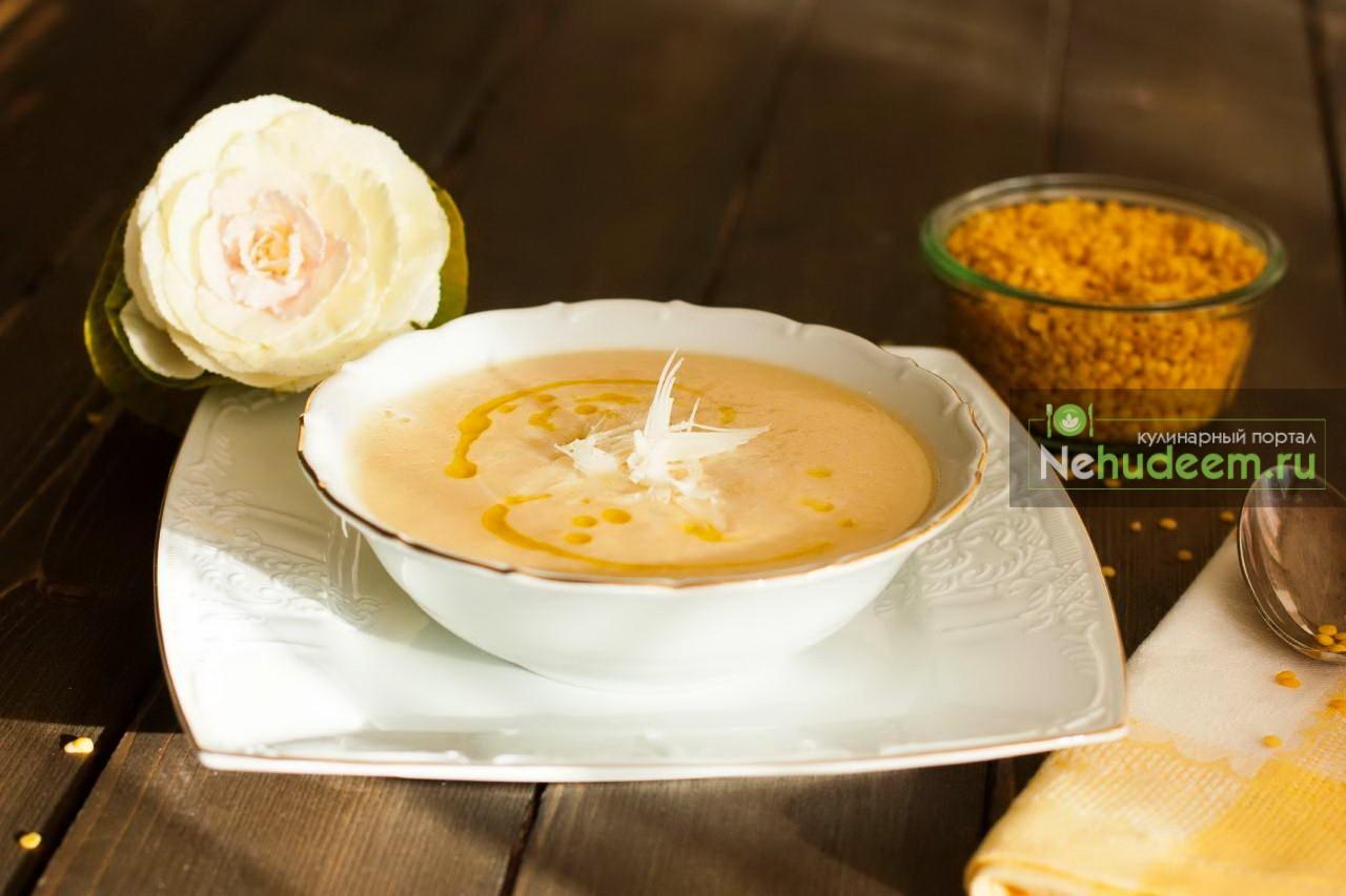 Овощной крем-суп с чечевицей и курицей